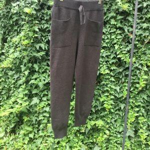 Zara Kids Front Patch Pockets Pull On Sweat Pants.